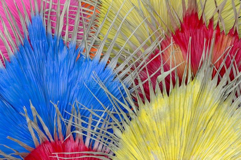 Высушенные розовое желтого цвета лист красное и голубой для предпосылки стоковая фотография rf