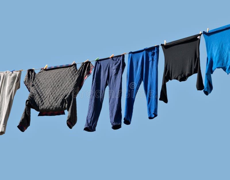 высушите повиснуто вне грейте на солнце к мыть стоковое изображение rf