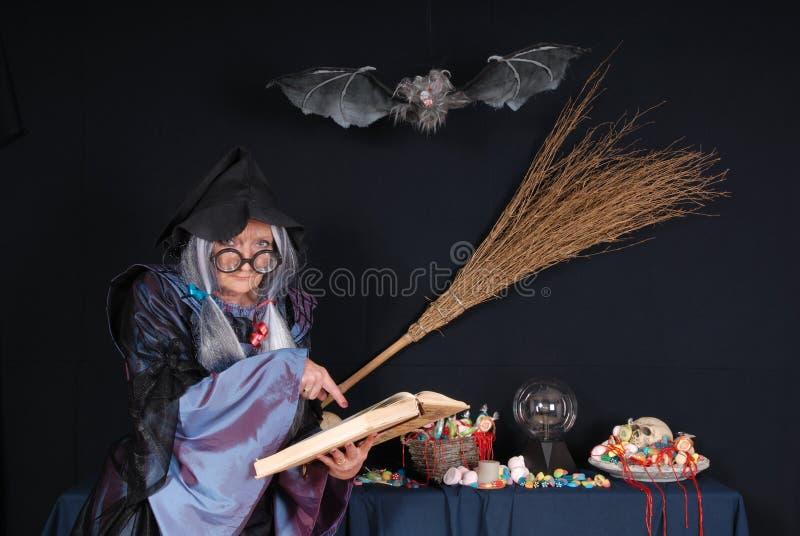 выходка обслуживания halloween стоковая фотография rf
