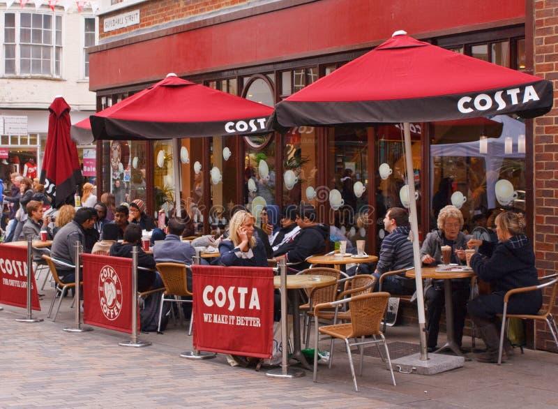 Выход кофе Косты в Кентербери, Кенте стоковое изображение rf