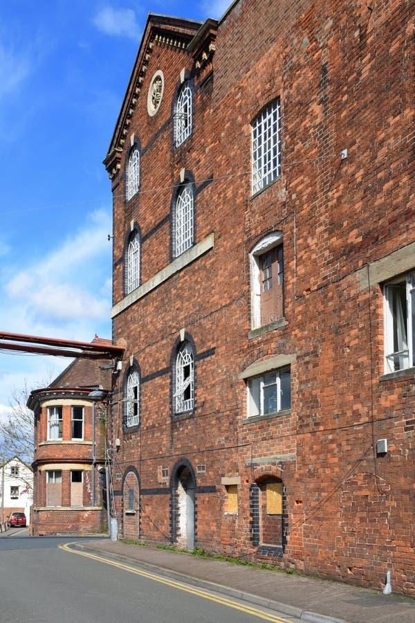Вышедшая из употребления заживление мельница ` s, Tewkesbury, Gloucestershire, Великобритания стоковая фотография