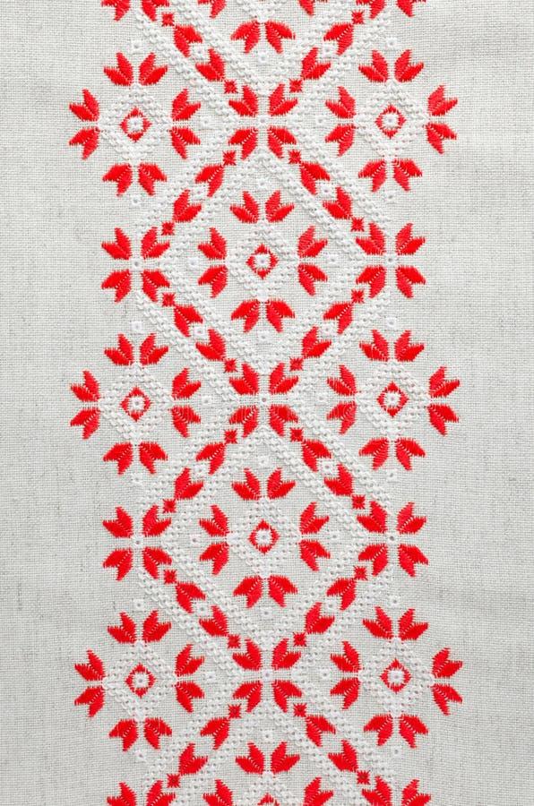 Вышивка крестом красными нитками #можно завязывать красную 58