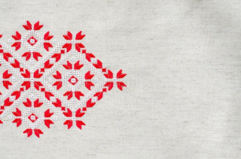 Вышивка крестом красными нитками #можно завязывать красную 83