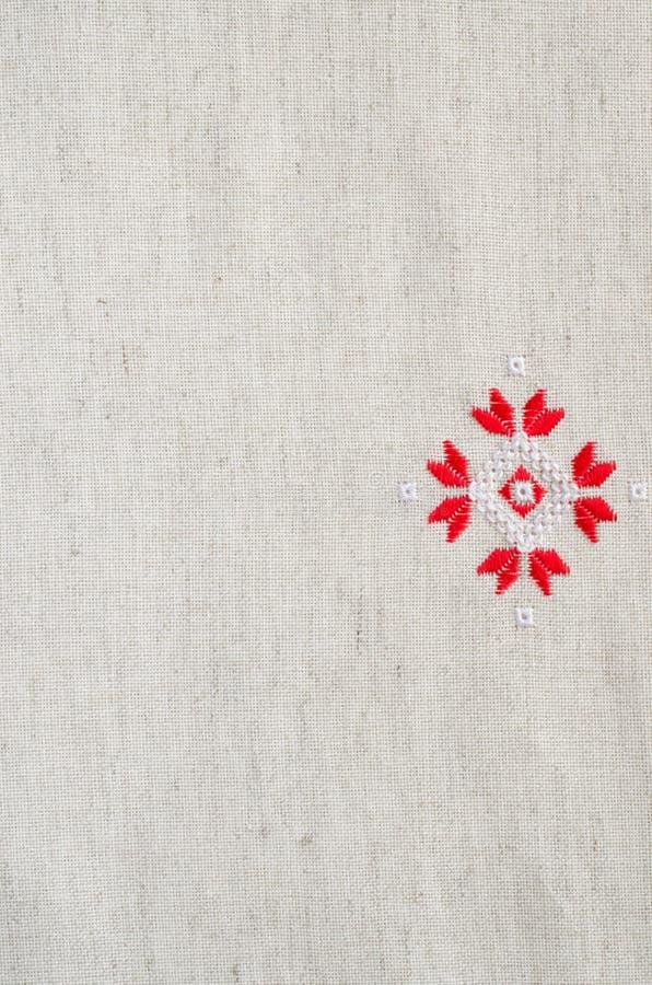 Вышивка крестом красными нитками #можно завязывать красную 30