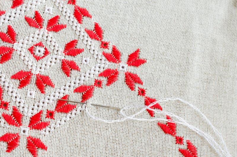 Вышивка крестом красными нитками #можно завязывать красную 41
