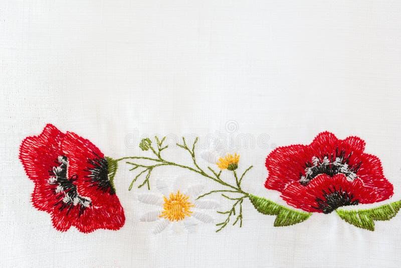 Вышитый цветочный узор стоковое фото rf