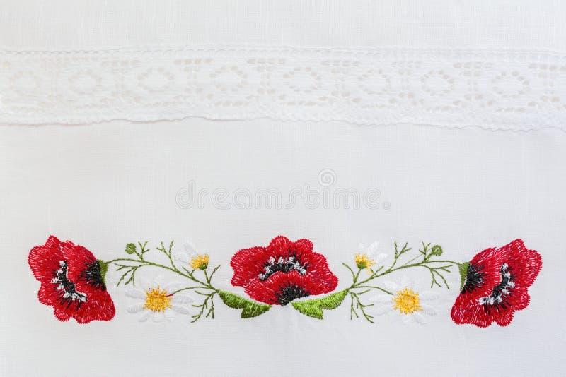Вышитый цветочный узор стоковые фотографии rf