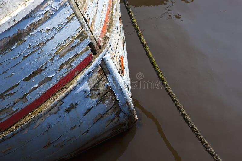 Выдержанный корпус рыбацкой лодки стоковое изображение rf