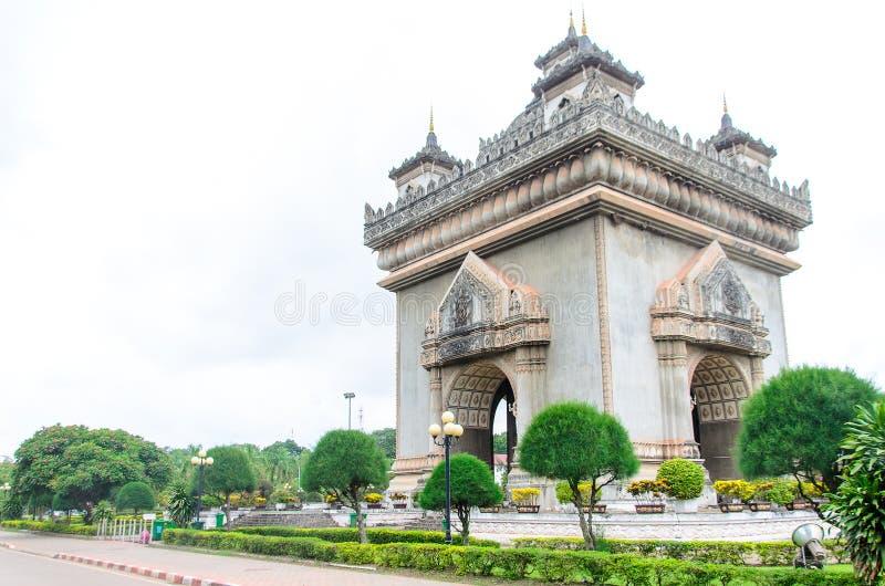 Вьентьян, Лаос 19-ое июня 2014: Patuxai, мемориальный памятник в Вьентьян Лаосе стоковые изображения