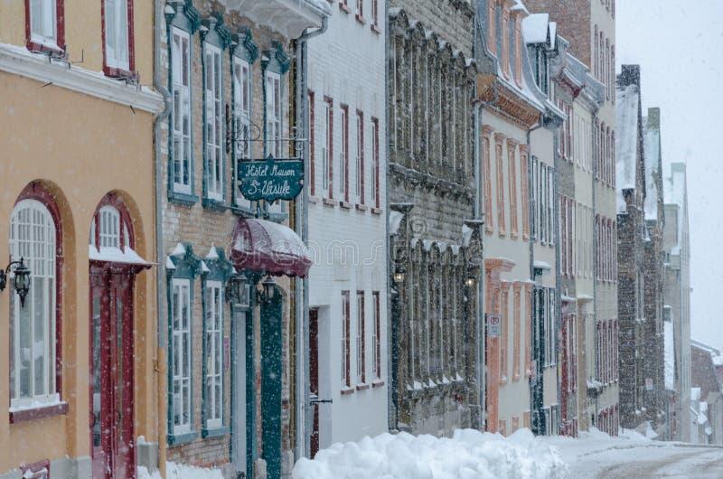 Вьюга в старом Квебеке (город) стоковые изображения rf