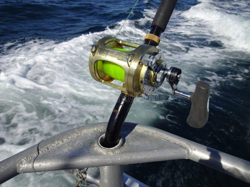 Вьюрок рыбной ловли важной игры Shimano стоковое фото rf