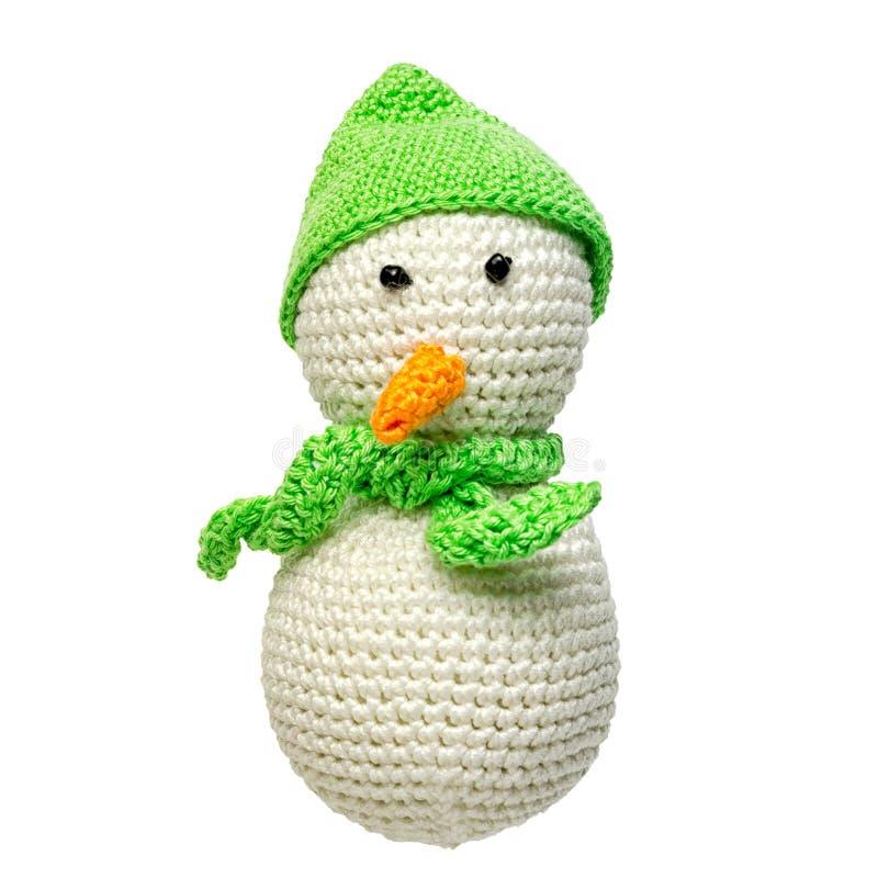 Вязать крючком крючком изолированная игрушка снеговика стоковые фото