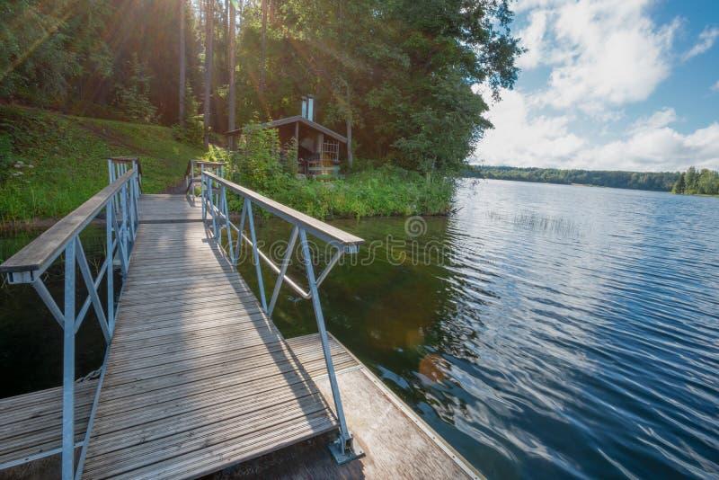 В лете на озере стоковые изображения
