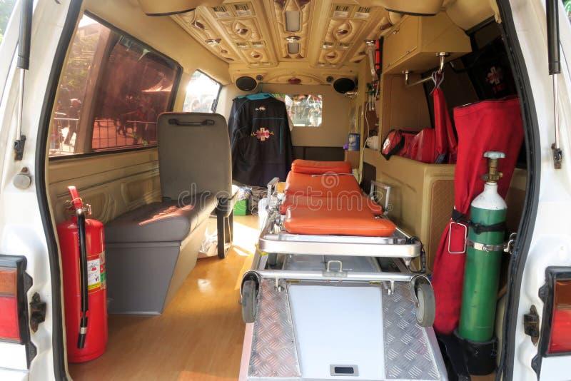 В машине скорой помощи стоковое изображение