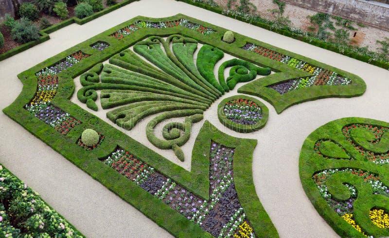 В общественном французском парке в Альби, Тулуза, Франция стоковые изображения