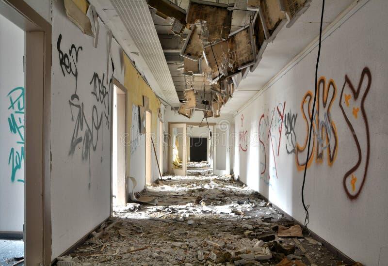 В покинутом здании стоковая фотография rf
