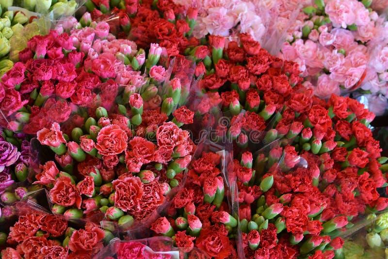 фото цветов букетов много