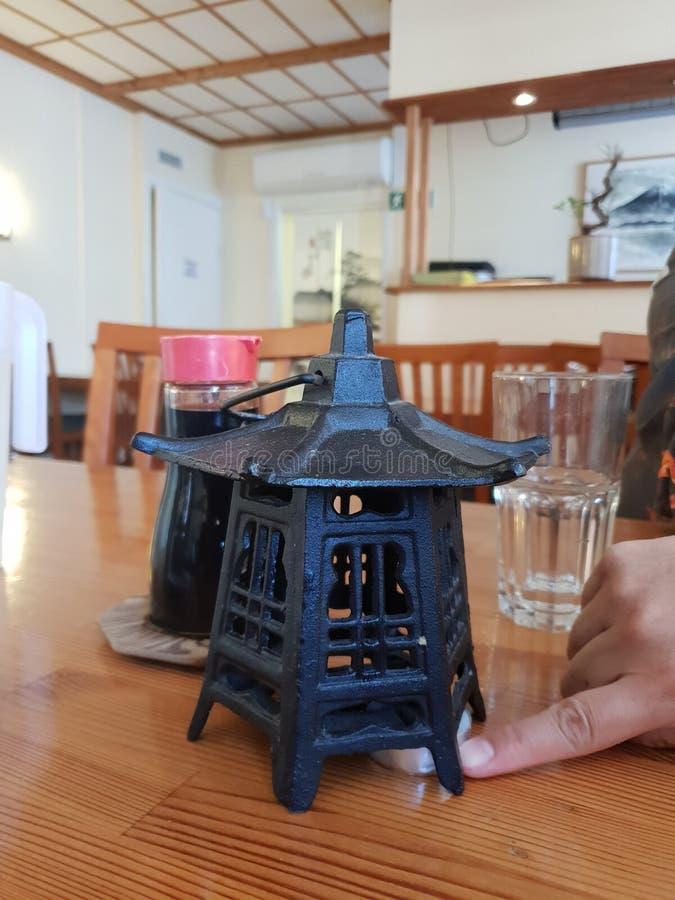 В суши-ресторане стоковые изображения
