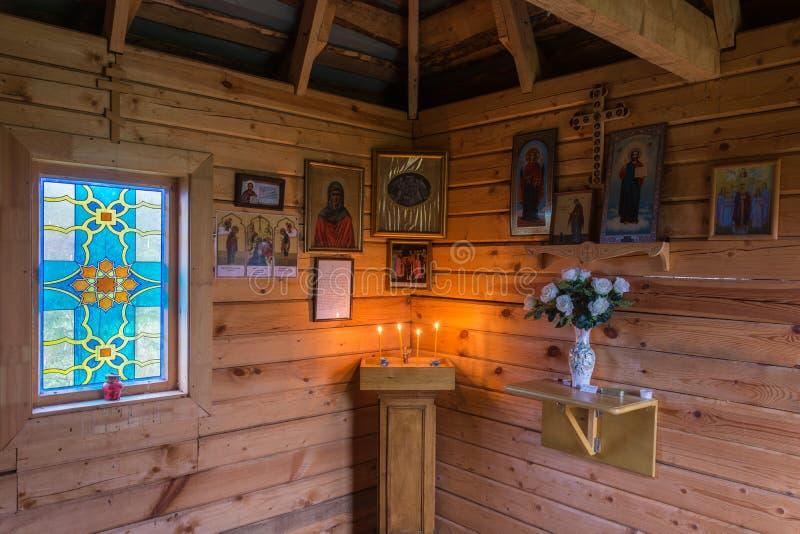 В часовне на святом источнике значка матери бога рождества Isakovsky самого святого Theotokos в стоковые изображения