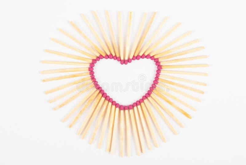 Влюбленность спички сердца стоковые фото