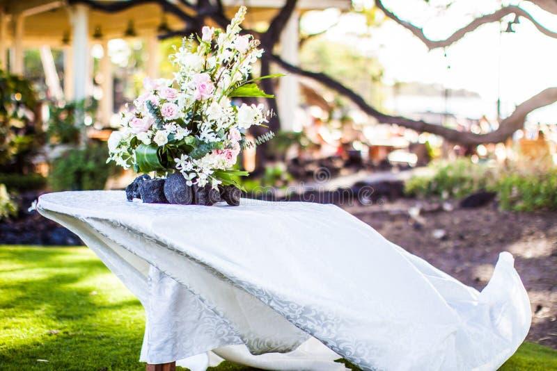 Гаваиский Centerpiece свадьбы стоковые изображения