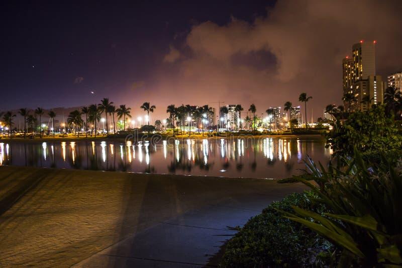 Гаваи на ноче стоковая фотография