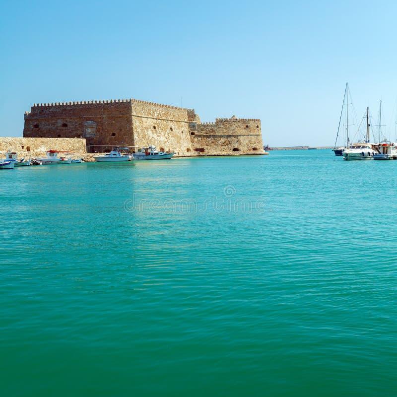 Гавань ираклиона и крепость, Крит стоковая фотография
