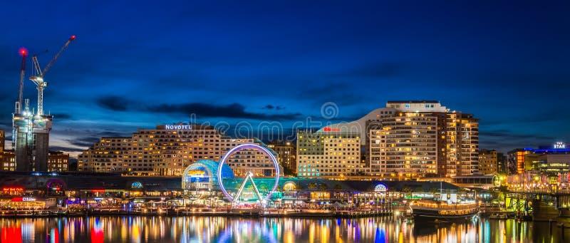 Гавань милочки Сиднея на ноче стоковые фото