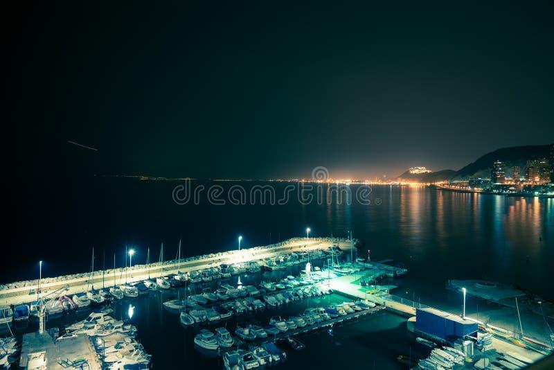 Гавань ночи Аликанте стоковое фото rf