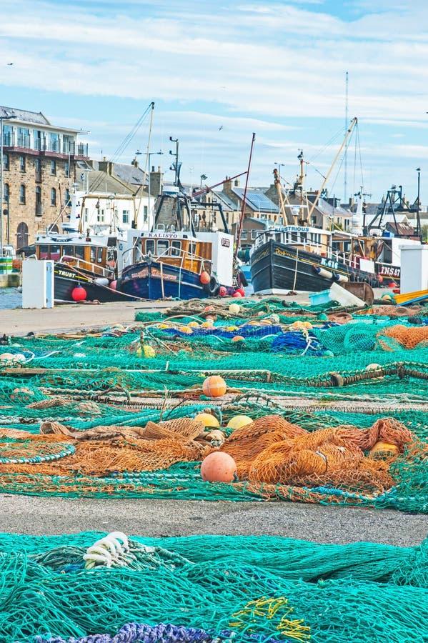 Гавань Burghead с рыбацкими лодками стоковая фотография