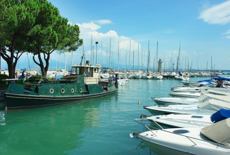 Гавань Desenzano del Garda стоковое фото