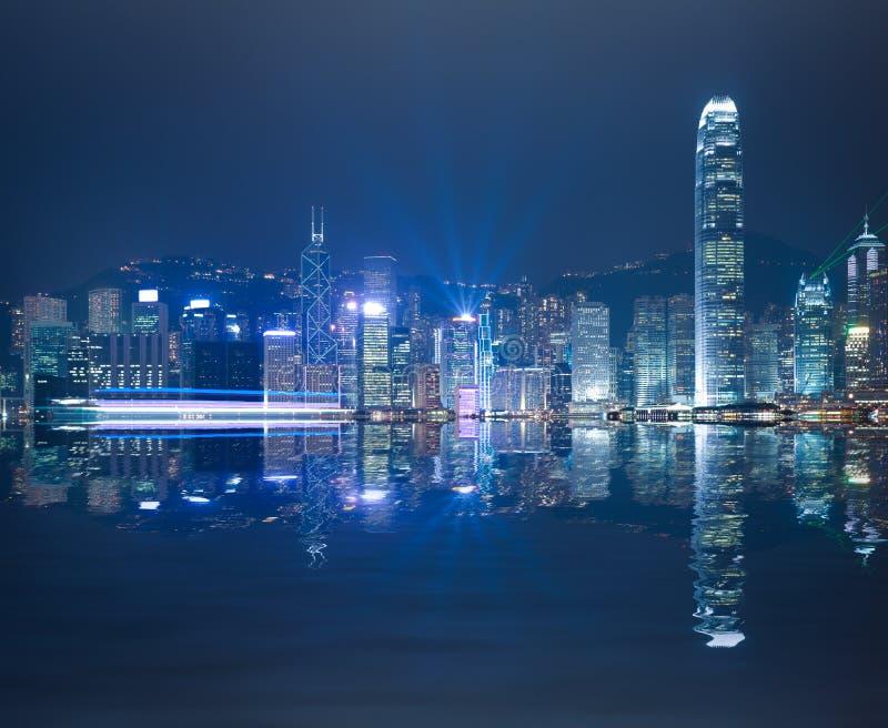 Гавань HK Виктории ночи горизонта стоковое изображение