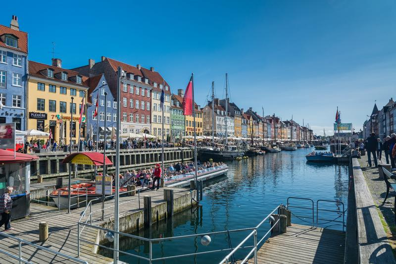 Гавань Nyhavn новая в Копенгагене стоковое изображение