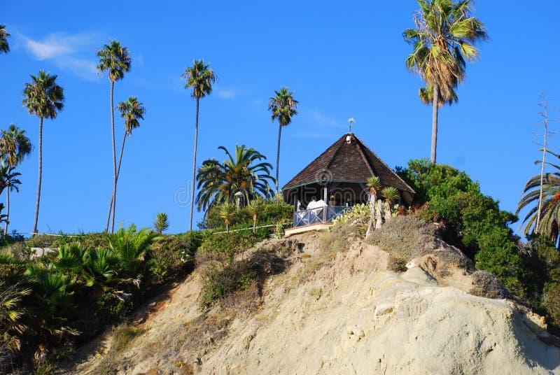 Газебо на парке Heisler, пляже Laguna, Калифорнии o стоковые изображения