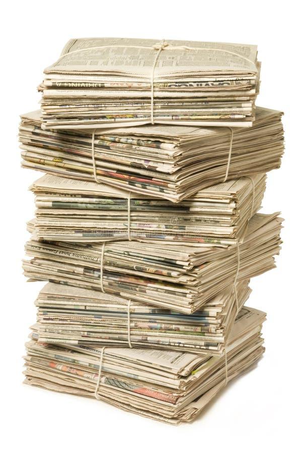 газеты рециркулируя стог стоковое изображение rf