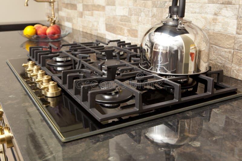 Газовая плита кухни в кухне стоковая фотография rf
