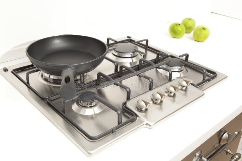 Газовая плита кухни в кухне стоковые фотографии rf