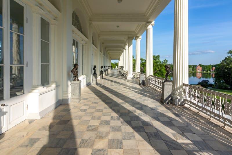 Галерея Камерона в парке Катрин, Tsarskoe Selo Pushkin, Санкт-Петербурге, России стоковое изображение rf
