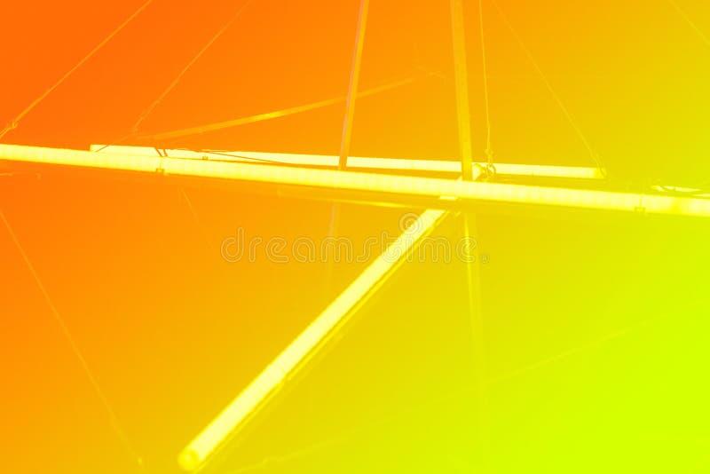 Галоид или светлые элементы приведенные ламп пакуют для партии или игрового дизайна ночи Трубки неонового света Предпосылка гради стоковые изображения rf