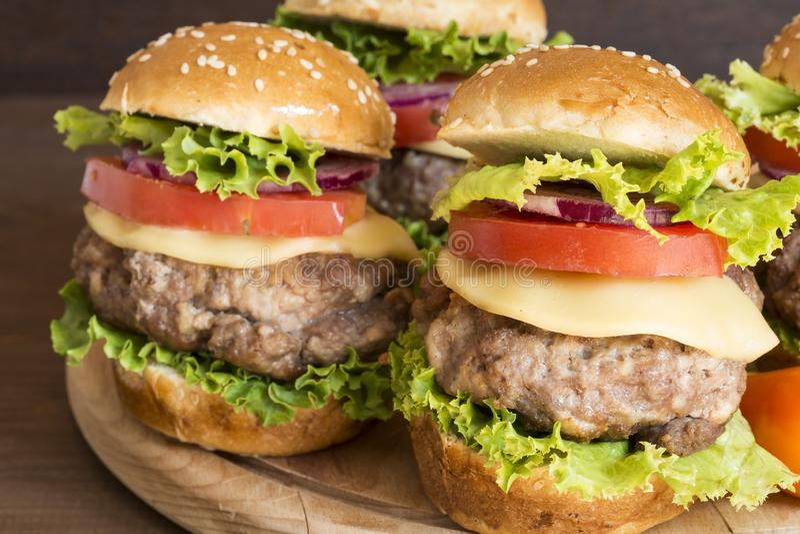 Гамбургеры стоковая фотография