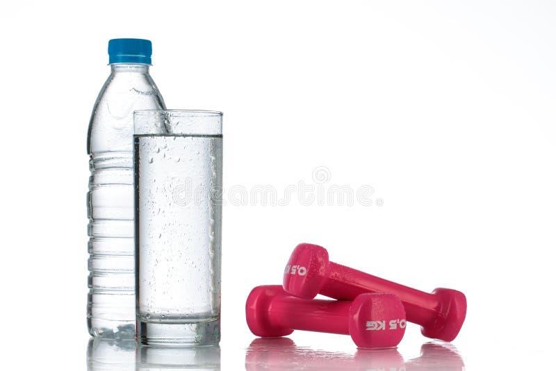 красивые картинки бутылка воды гантеля прориенце имела