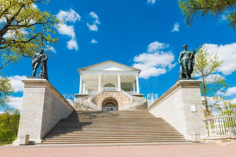 Галерея Камерона в парке Катрина в Tsarskoye Selo стоковые фотографии rf