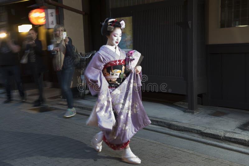 Гейша в Киото, Японии стоковые изображения rf