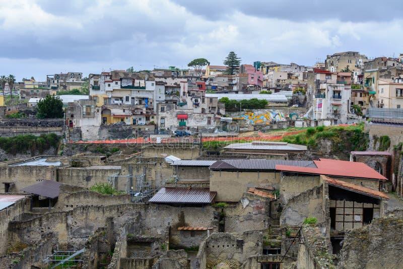 Геркуланум, Италия - 10-ое июня: Место Геркуланума археологическое дальше стоковое фото