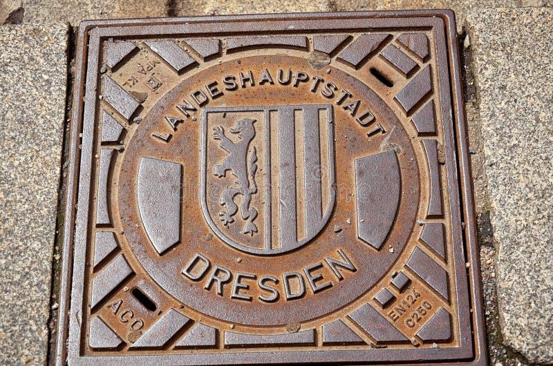 Германия dresden Крышка люка в улице 16-ое июня 2016 стоковые изображения