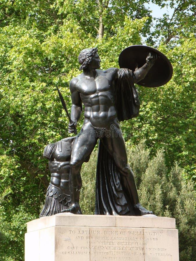 Герцог памятника Веллингтона в Гайд-парке Лондоне стоковые изображения rf