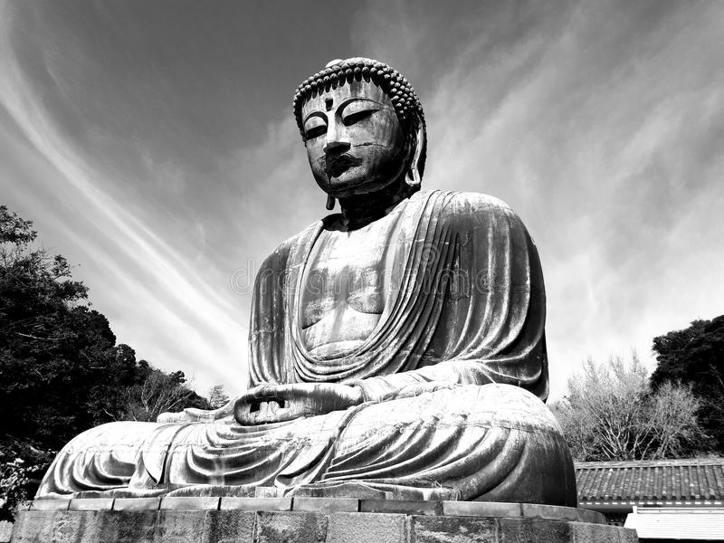 Гигант Будда Камакуры, боковой взгляд стоковые изображения