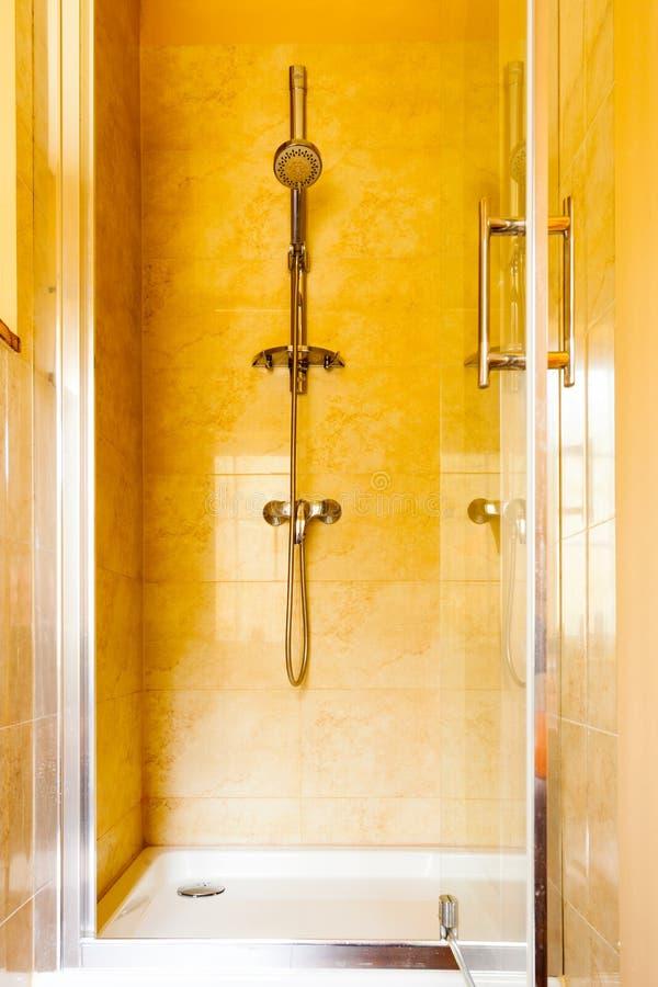 Download Гигиена Блок душевой кабины Интерьер ванной комнаты Стоковое Изображение - изображение насчитывающей очищенность, санузел: 40587749