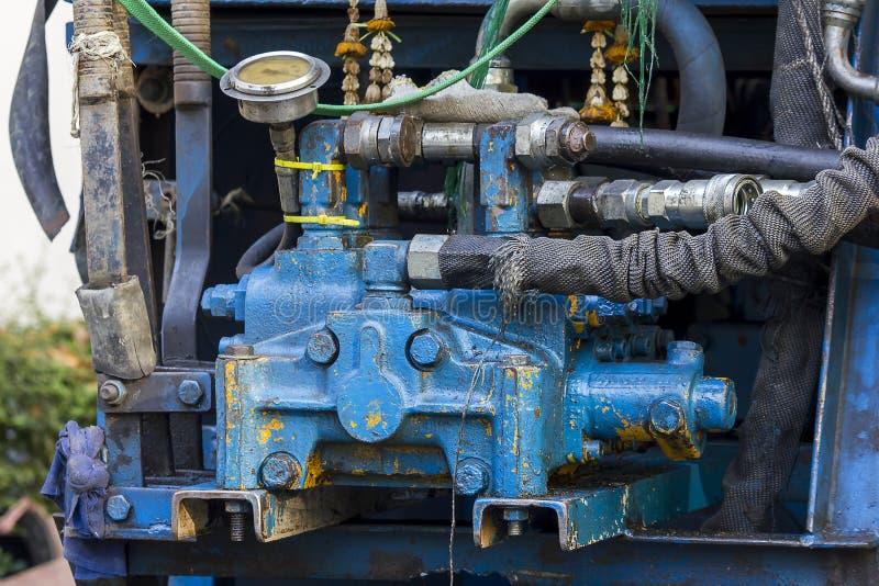 Гидравлические части экскаватора экскаваторов дороги стоковые изображения