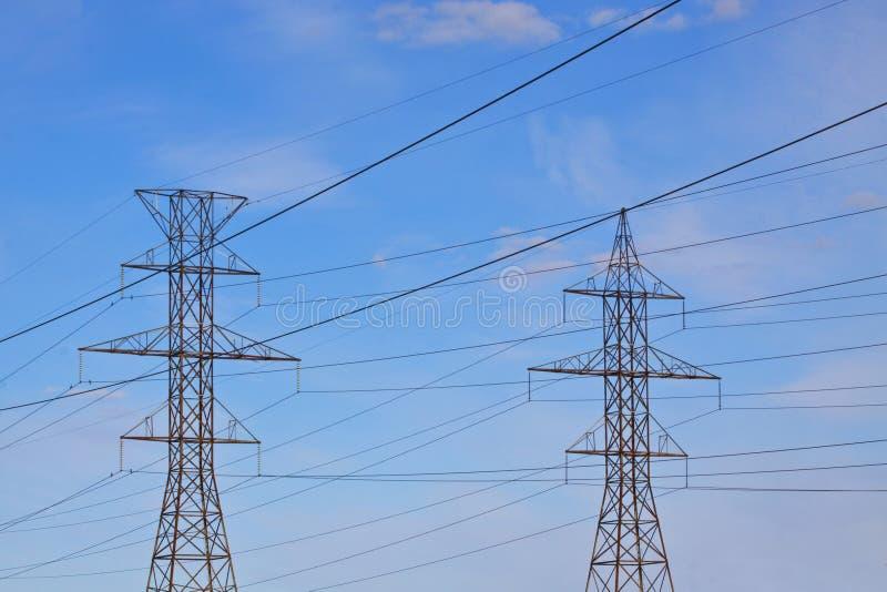 Гидро линии электропередач стоковое фото